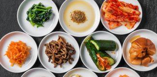 Những món ăn kèm theo các món ăn chính trong ẩm thực Hàn Quốc