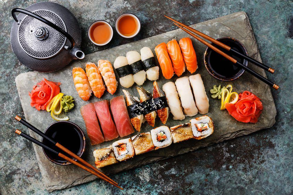 Sushi là món ăn đặc trưng cho đất nước Nhật Bản